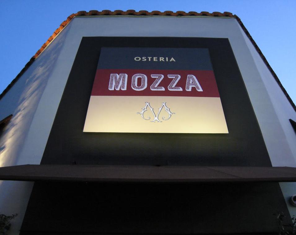 MOZZAO.jpg