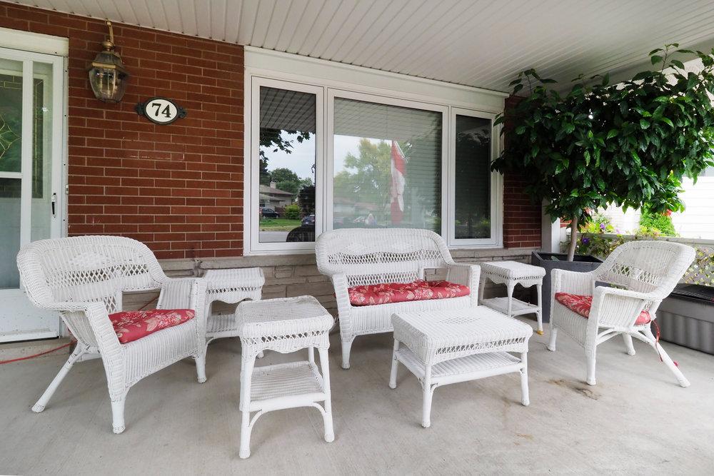 08 Front porch.JPG