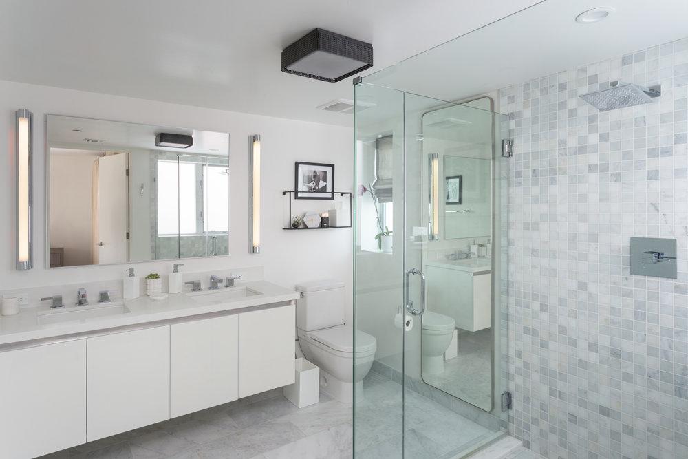 Penthouse Master Bath.jpg