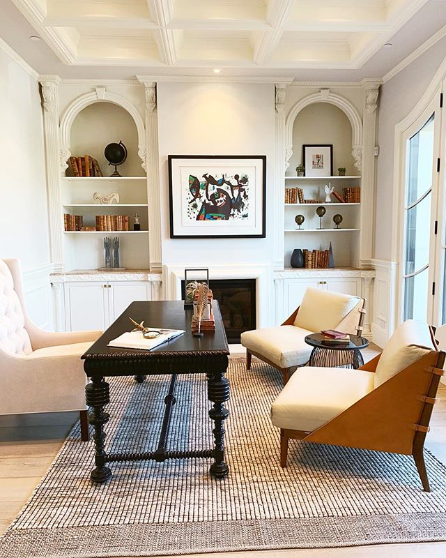 When you work from home 90% of the time, you have to have a beautiful home office to get creative in. -jLx #HomeOffice #OfficeGoals #BeverlyHills #ForSale #DesignInspo