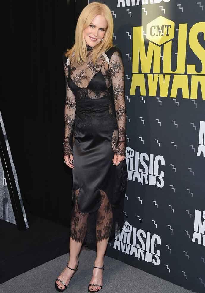 Nicole Kidman CMT 2017.jpg
