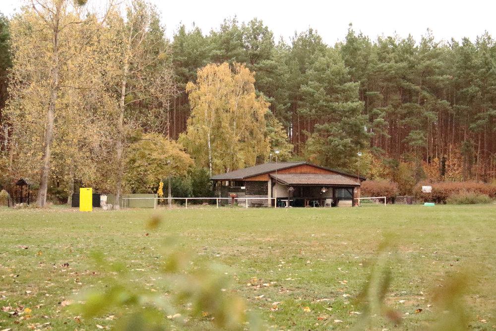 TRAININGSGELÄNDE - Havelstraße 2916540 Hohen Neuendorf(Zufahrt zum Platz gegenüber der Grundschule Niederheide)