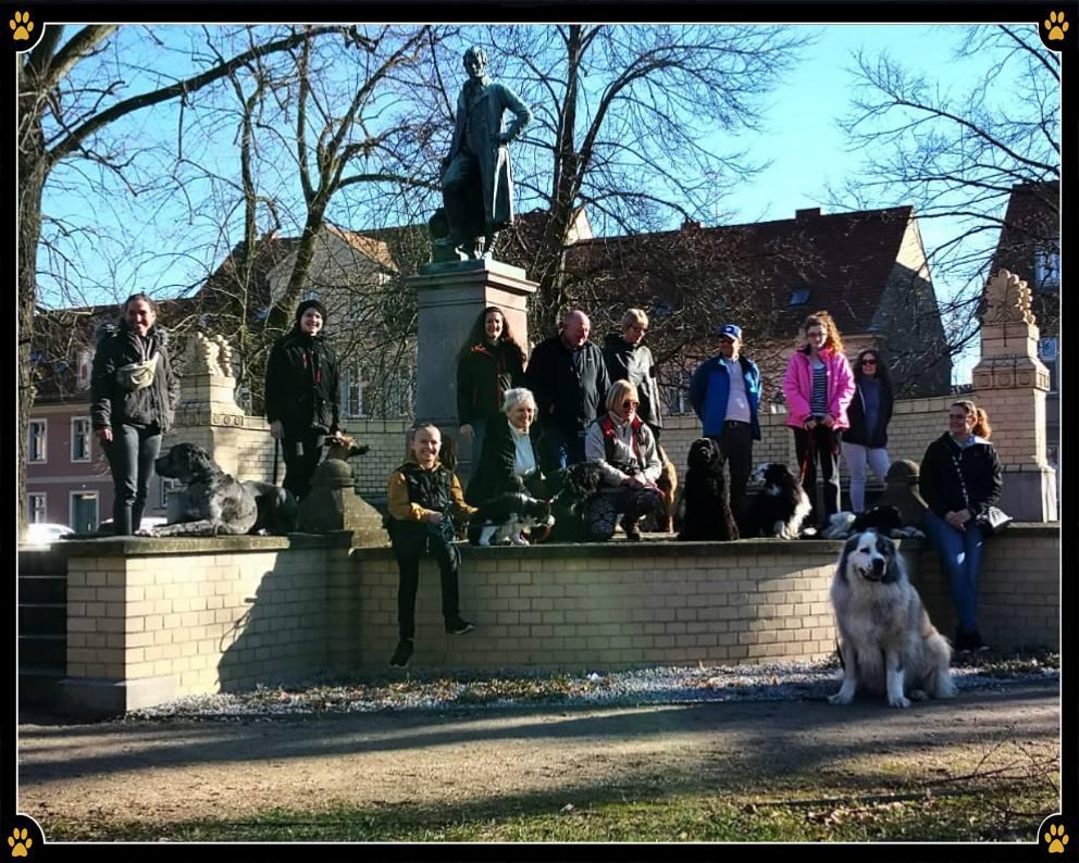 JoBaDog Alltagstraining in Neuruppin - Das JoBaDog Alltagstraining führte uns am vergangenen Samstag in die Geburtsstadt von Theodor Fontane. 😊Ganz nach dem Motto: