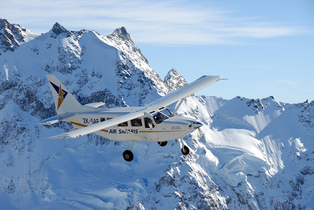 Grand Traverse Mount Cook Scenic Flight - Departing Franz Josef -