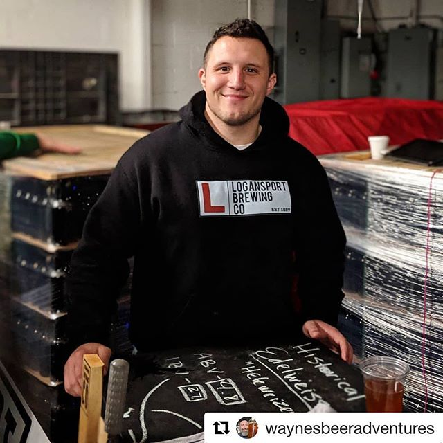 #Repost @waynesbeeradventures with @get_repost ・・・ @bane_barron pouring some delicious and Historic @logansportbrewingco beers during the @sampleindiana event @scarletlanebrew ! Great Beers, can't wait till they are open Next yr. #drinkindianacraftbeer #drinlocal #drinkIN #logansportbrewingcompany #indycraftbeer #scarletlanebrewing #sampleindiana #brandambassador #waynesbeeradventures
