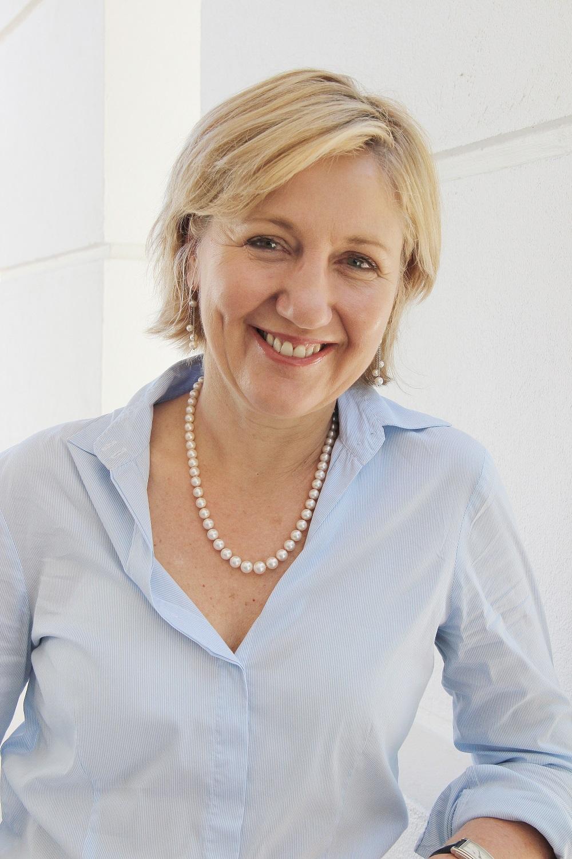 Professor-Glenda-Gray.jpg