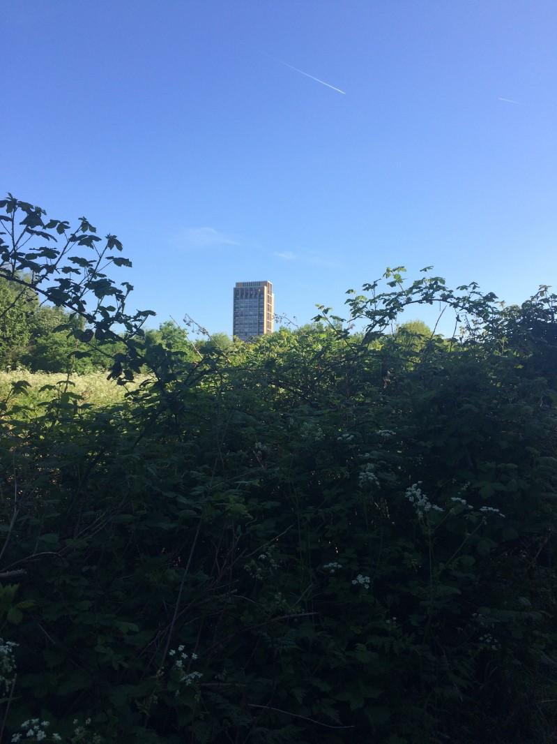 """Vista"", Barratt Homes' new lakeside block."