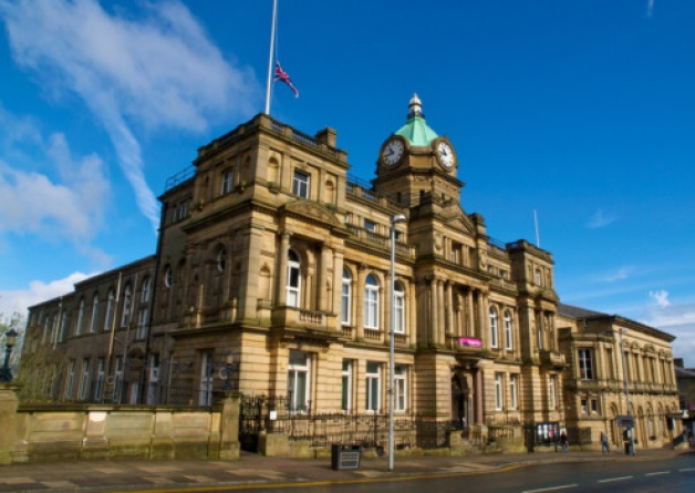 burnley town hall .jpg