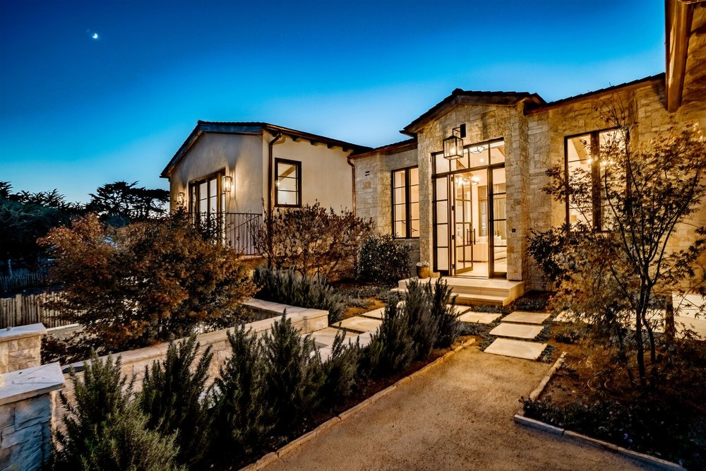 VALLEY VIEWS ESTATE -