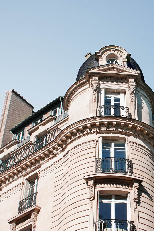 Produit d'investissement dans Paris - pour Thomas qui habite à Londres et qui recherche un produit d'investissement avec travaux pour le louer meublé dans la tranche haute