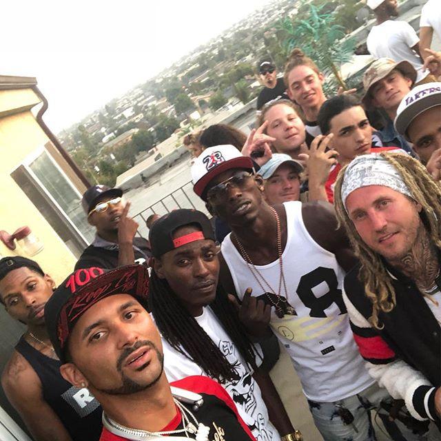 Had to link with my homies #rooftop @yungzekelbc @uneekintsworld @yl2cs @black_tha_diffidence @iamyaccahmoe @theoriginaloowee @cokeboyscript @rickswishh @theplanetspatient @amberrose @jeffjeweler