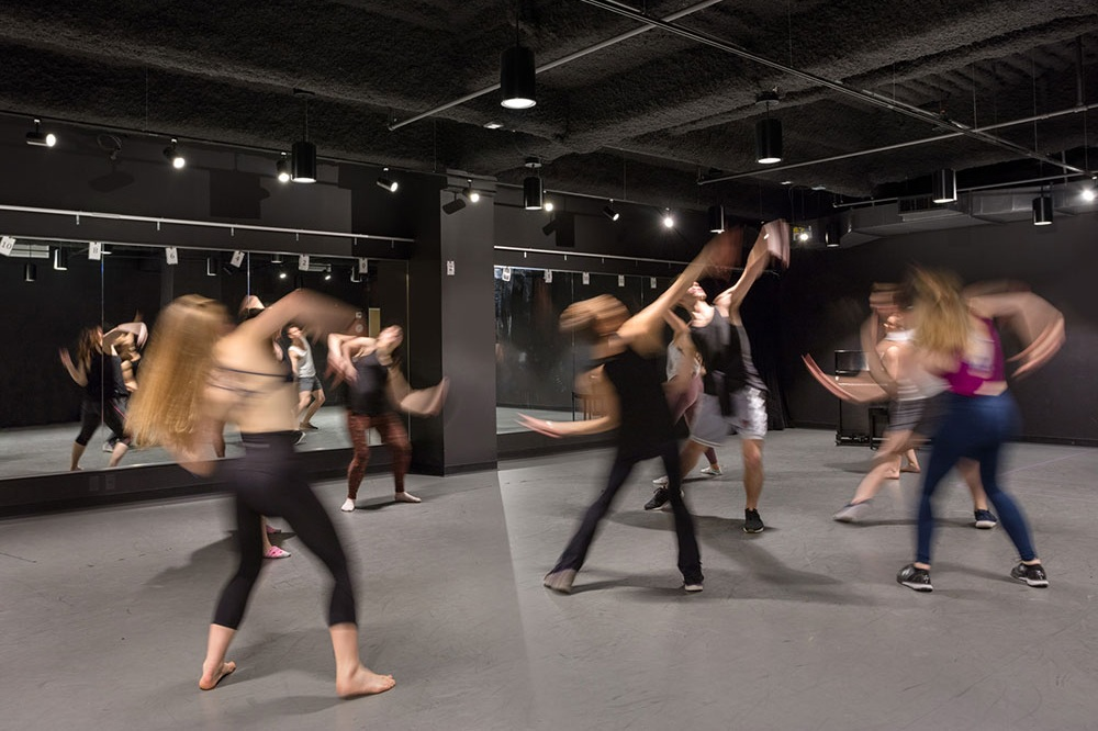 Construction at Molloy College Dance Studio Complete - May 10, 2018Construction is complete for Molloy College's 16,500 sf Dance and Theater Studios on lower Broadway.