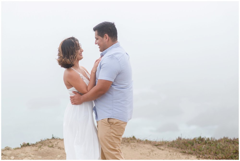 Bodega-Bay-Head-Trail-Engagement-Session-8.jpg