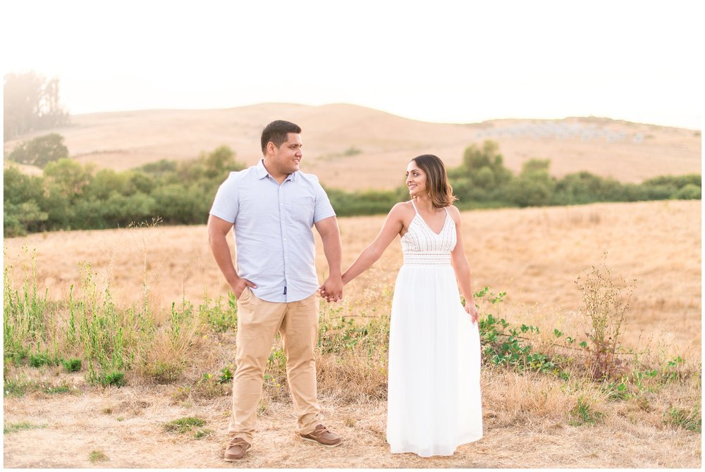 Bodega-Bay-Head-Trail-Engagement-Session-24.jpg