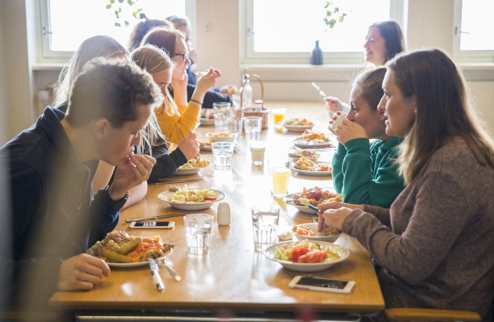 Lunsj i matsalen