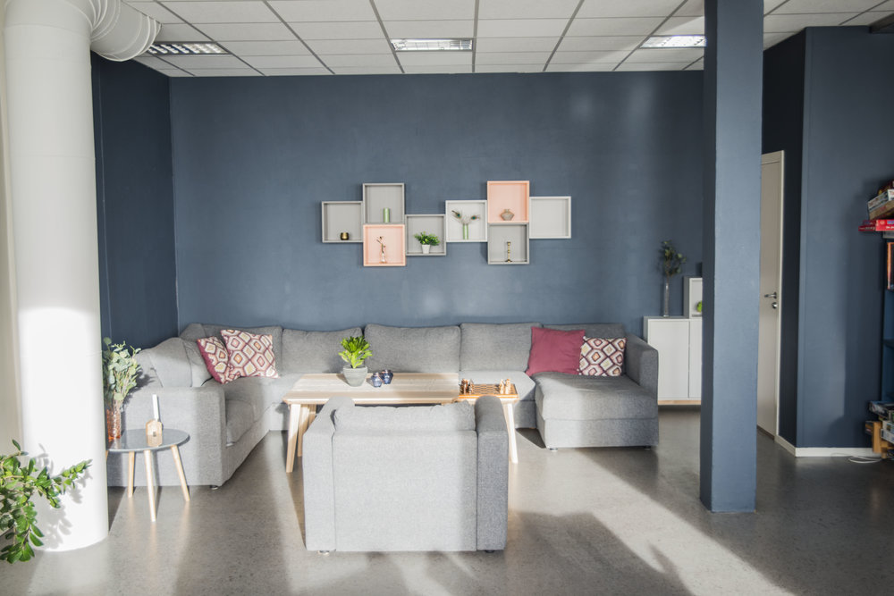 Café Ally, sofa.jpg