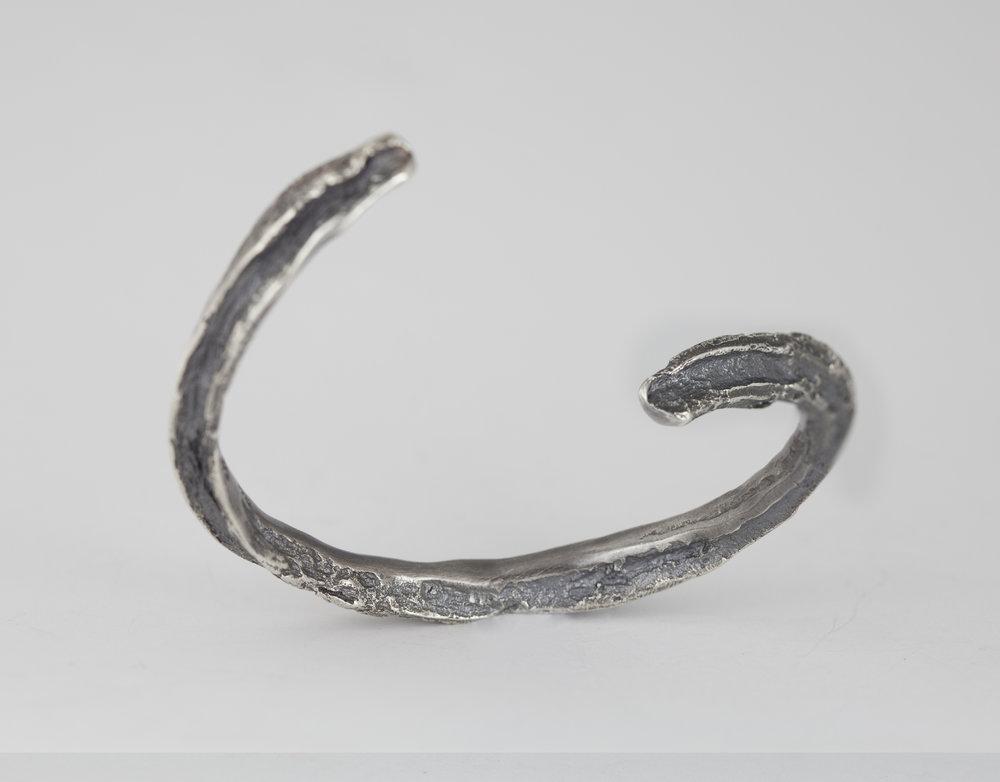 bracelet0.jpg