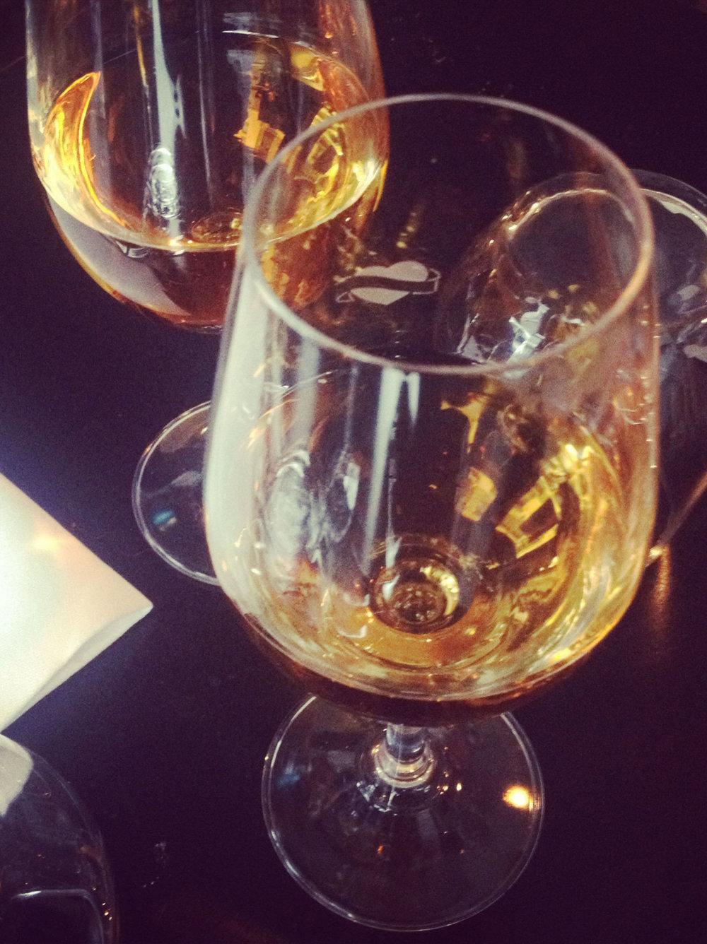 winetasting copie.jpg