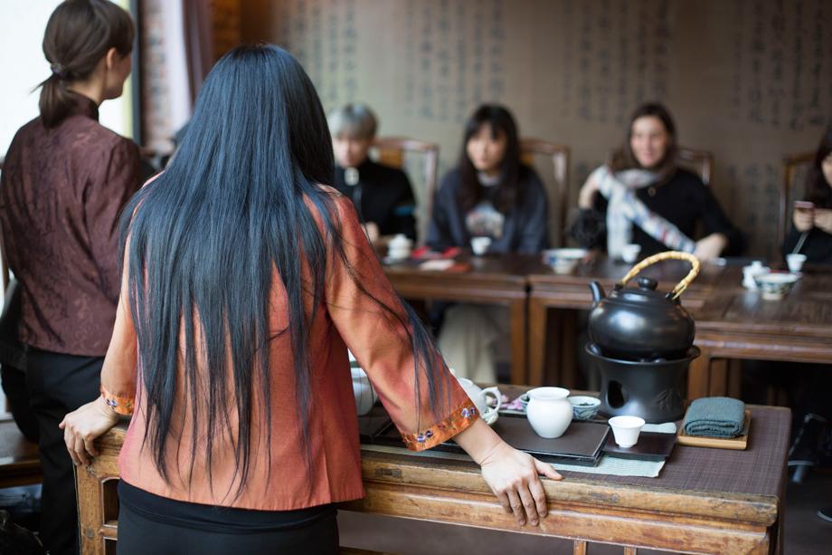 Longchamp-ParisShanghai-teatime.jpg