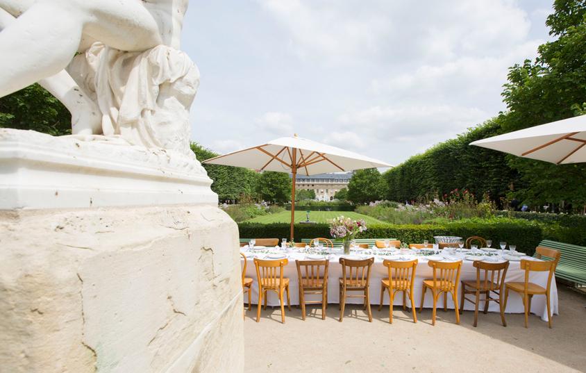RueAmandineEvent-Longchamp-picnicpalaisroyal5bis.jpg