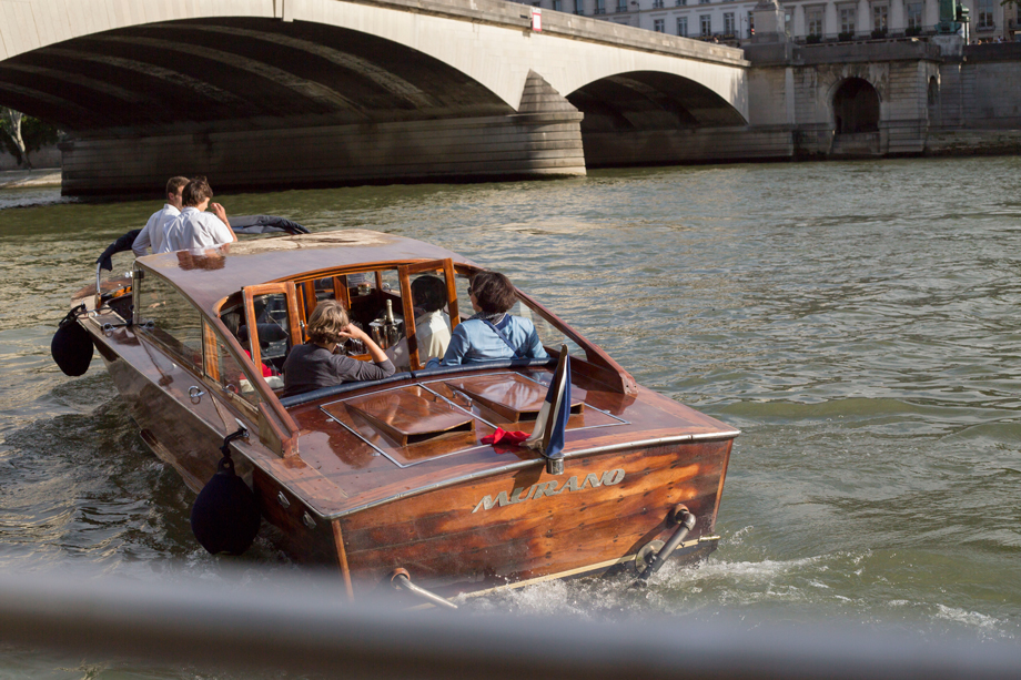 RueAmandineEvent-Longchamp-boatcruise.jpg