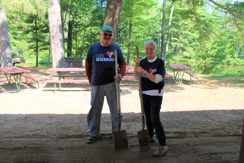 Summer RV Volunteers are special people who give of their time and talents at Camp Luther. They help the ministry of Camp Luther while enjoying the blessings of volunteering.