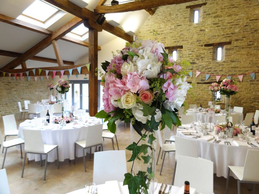 pink-wedding-tables-gallery-846x635.jpg