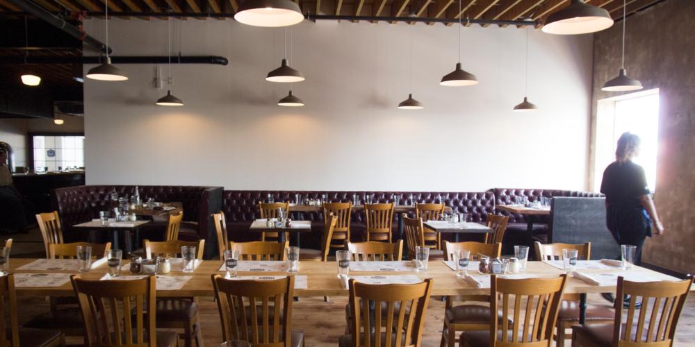 grass-creative-branding-design-restaurant-photography-NYC-NJ-bennys-fattoria-belmar-3.jpg