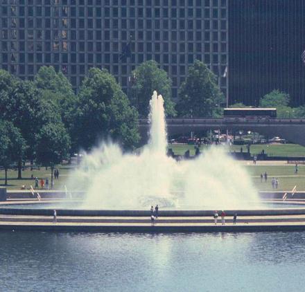 Point State Park Fountain.jpg