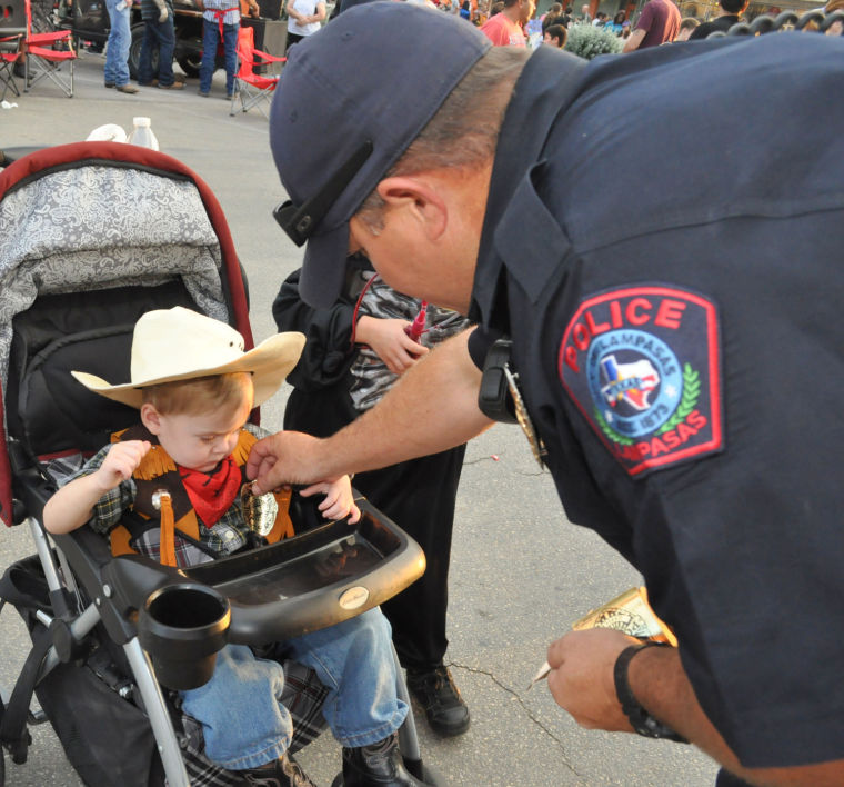 policeandbaby.image.jpg