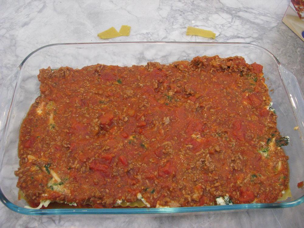 lasagna sauce layer.JPG