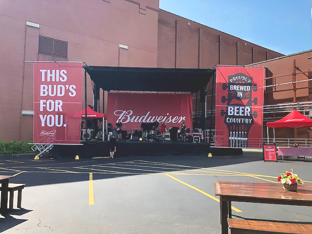budweiser-backyard-bbq-stage-soundcheck.jpg