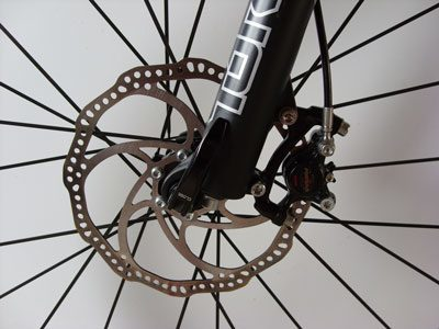 how-to-adjust-disc-brakes-on-a-mountain-bike.jpg