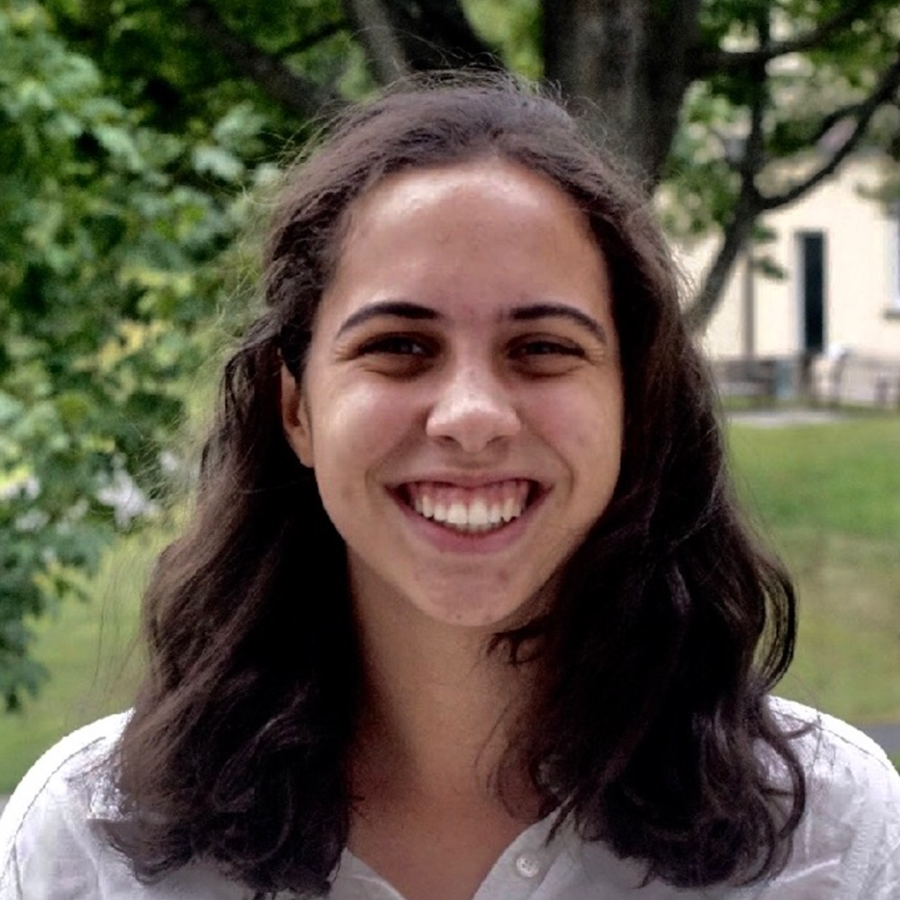Natalie De Rosa is a sophomore at Amherst College studying history. She is passionate about the intersection between educational equity and journalism. She is excited to connect with other students from similar backgrounds at this year's 1vyG conference. Natalie also enjoys listening to NPR and solving the New York Times' mini crosswords.
