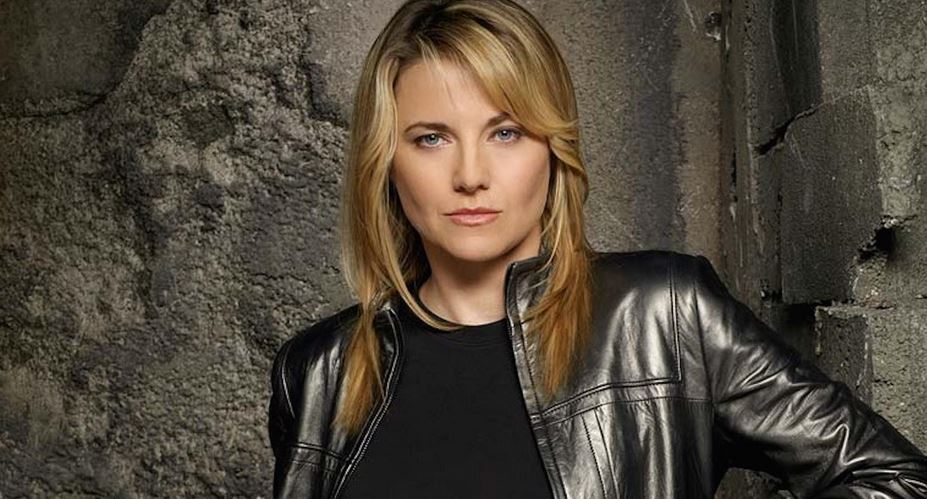 Lucy Lawless - New Zealand-born actress who became famous for her portrayal of the title character in the popular television show Xena: Warrior Princess and a recurring role on the Sci-Fi Channel's Battlestar Galactica series.