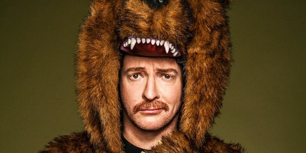 Rhys Darby - Comedian best known for playing the band manager of Flight of the Conchords, as well as roles in Yes Man, Jumanji, and A Series of Unfortunate Events.