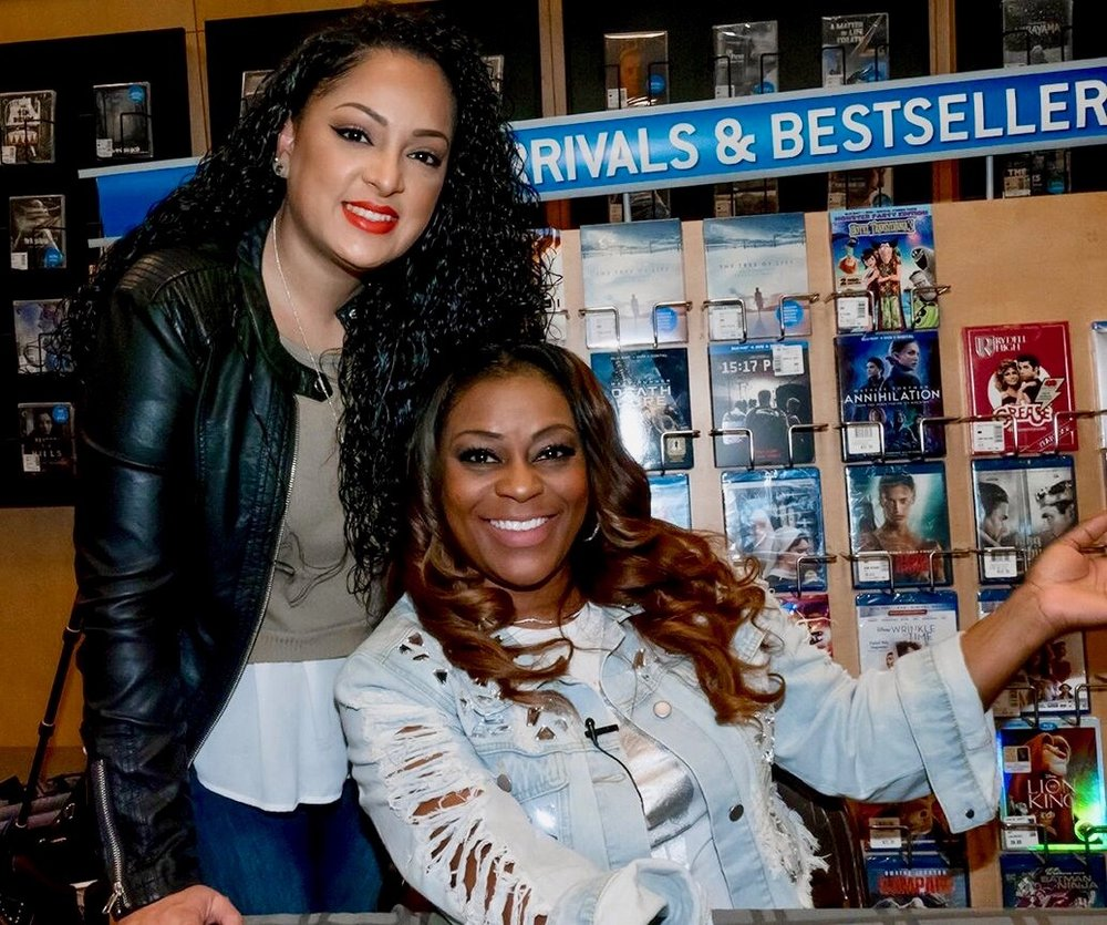NJ Book Signing - 17 of 22.jpg