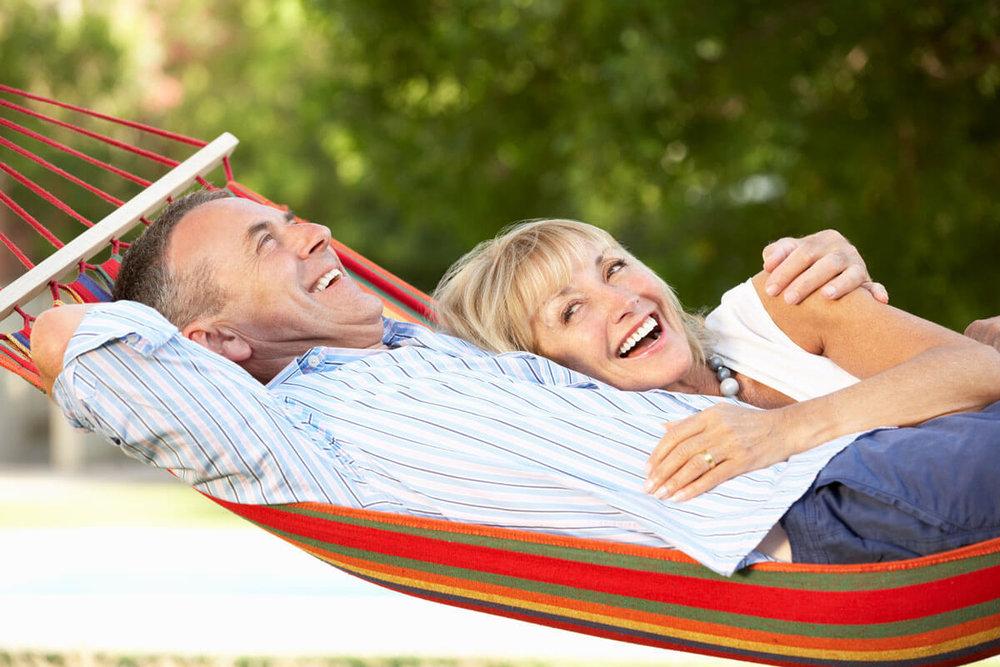 couple-in-hammock.jpg