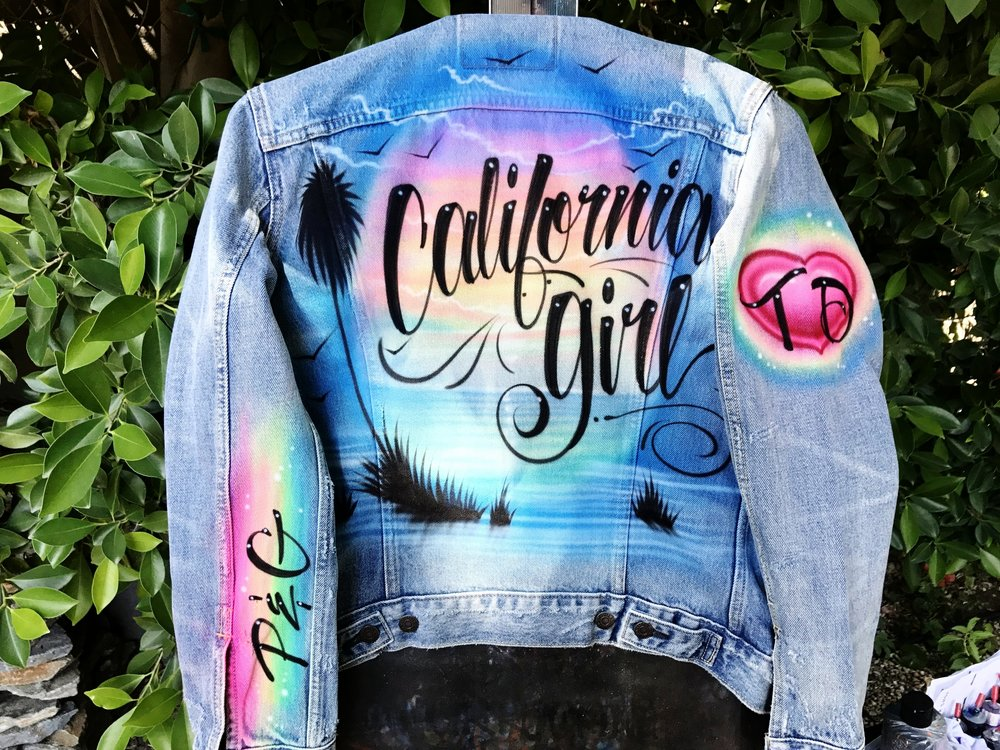 Airbrushed beach scene Coachella Levi's denim Trucker jacket