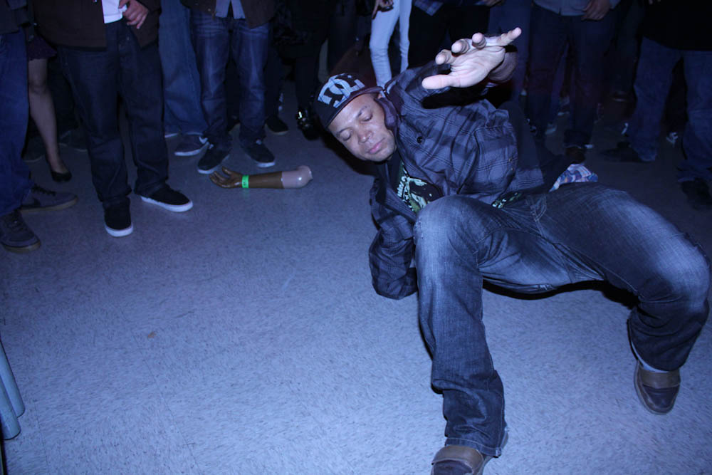 Bboy with prostetic arm at Stones Throw 11.11.11