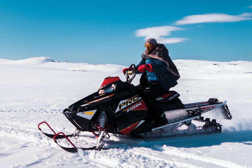 Me riding a snowmobile as a coordinator. コーディネーターの仕事でスノーモービル乗らなきゃいけなかった時。