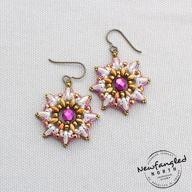 Here are some Celebrate Earrings that I designed. Not only am I thinking about celebrating the holidays, I am thinking about other reasons to celebrate with my family and friends. Being brave, taking action, enduring pain, and doing what is right are also reasons to celebrate. I hope you all are celebrating these things too.  #celebrate #newfanglednorth #resilience #dowhatyoulove #familyandfriends #brave #beads #beadinspirarion #fortheloveofbeads #alaska #anchorage #alaskanartist #artisan #vintagestyle #anchorage #thankful #festive