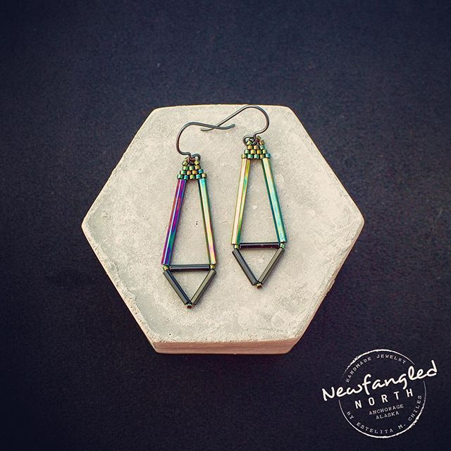 On deck for my Etsy shop are these sexy Geometric Earrings. These have pretty iridescent bugle beads and dark niobium posts. Perfect for a night out... #geometric #goingout #simpleandchic #minimalist #girlsnight #madeinalaska #darkjewelry #modernbeadwork #treatyoself #beads #niobium #newfanglednorth #concrete