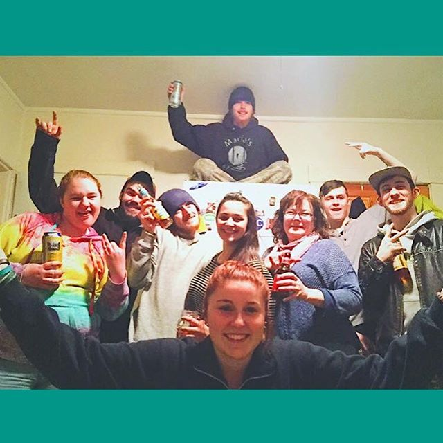 This was an amazing night! Love you all, and miss these times. . . . . . #party #citizencider #vermont #crisscrossapplesauce #fridgegoals #friends #friendgoals #family #goodtimes #goodtime #drinking #twistedtea