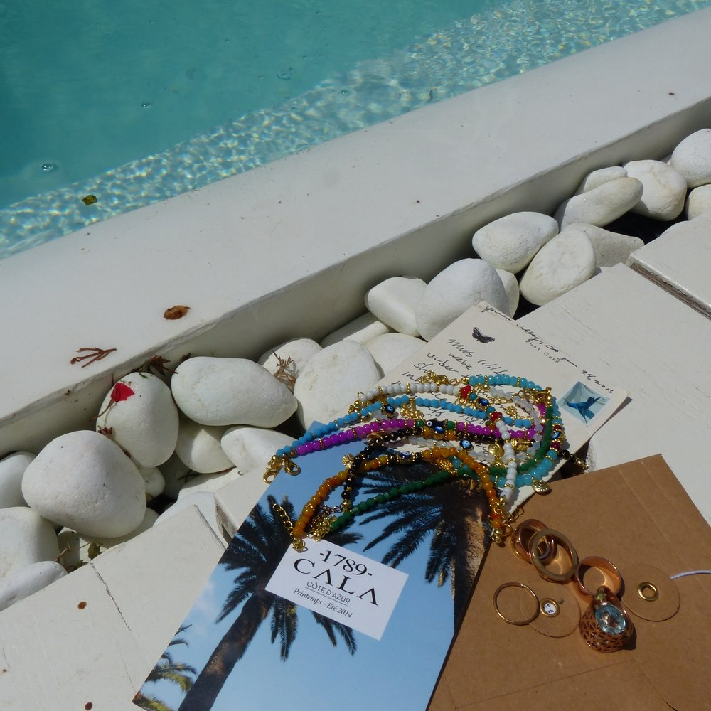 Writing love letters from Mykonos