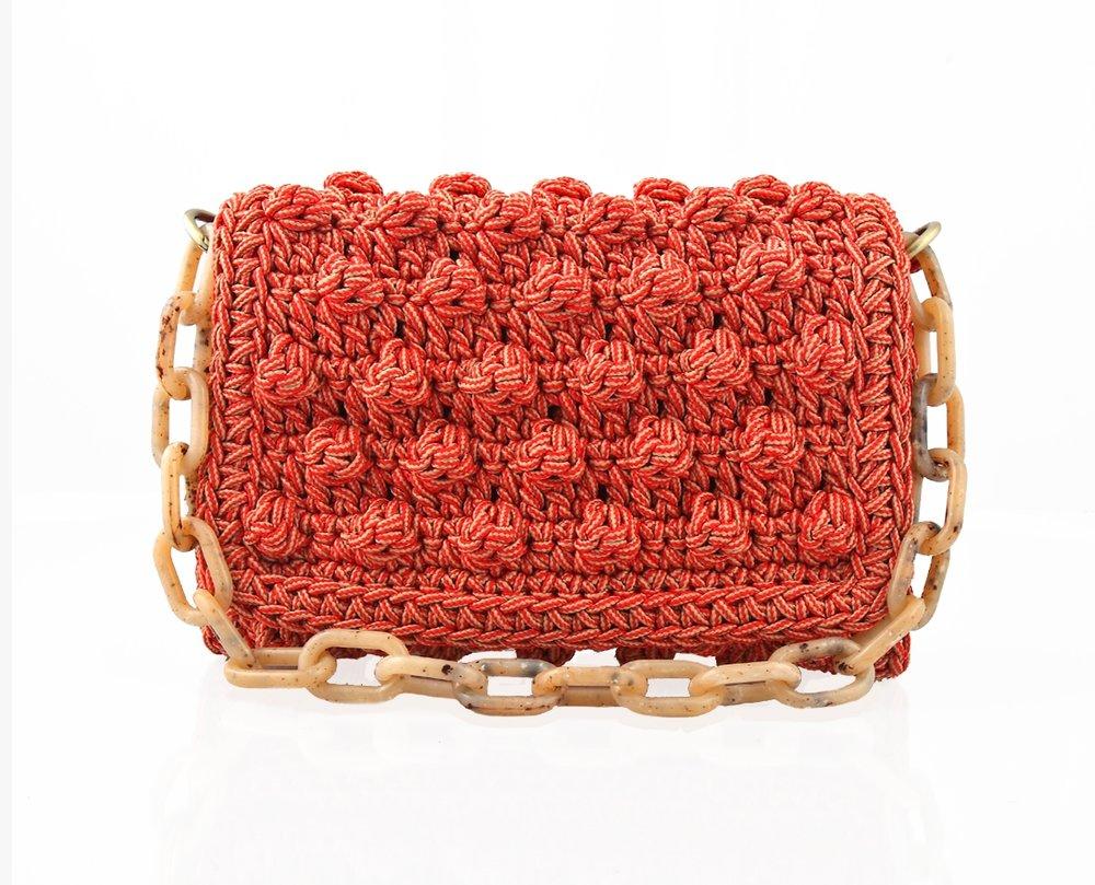 Photo source: attirelle.com