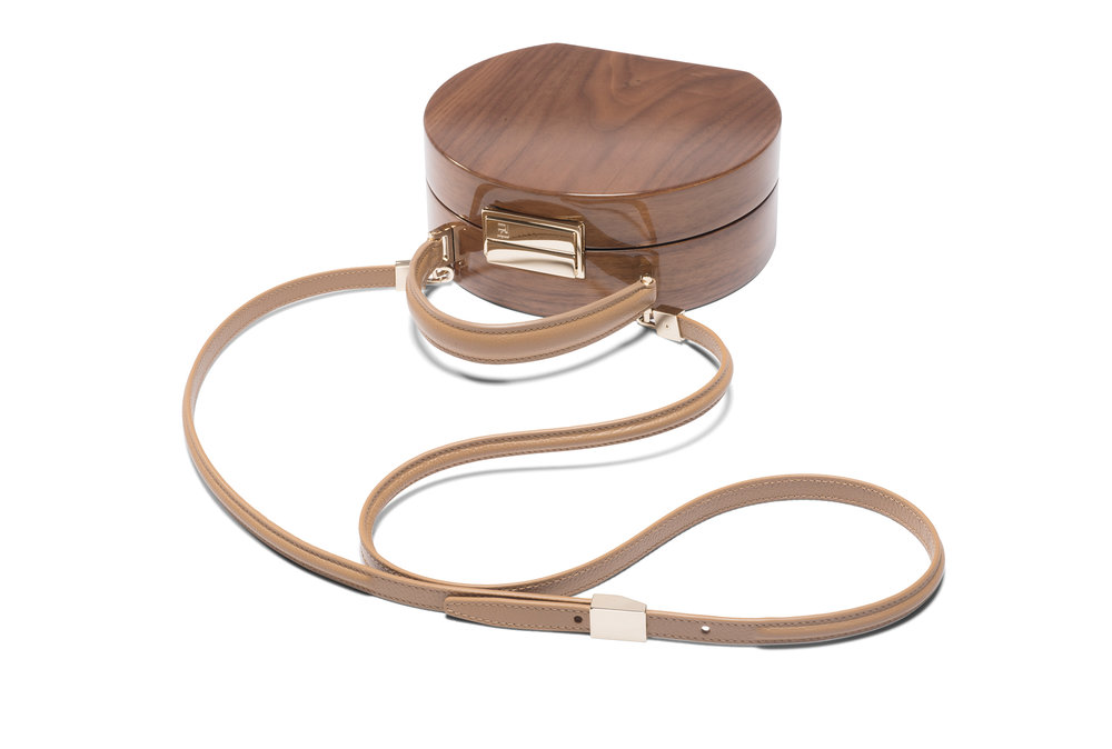 BUMI Walnut - The walnut handbags are the signature of Buwood. Learn more about all the styles to create your timeless keeper.