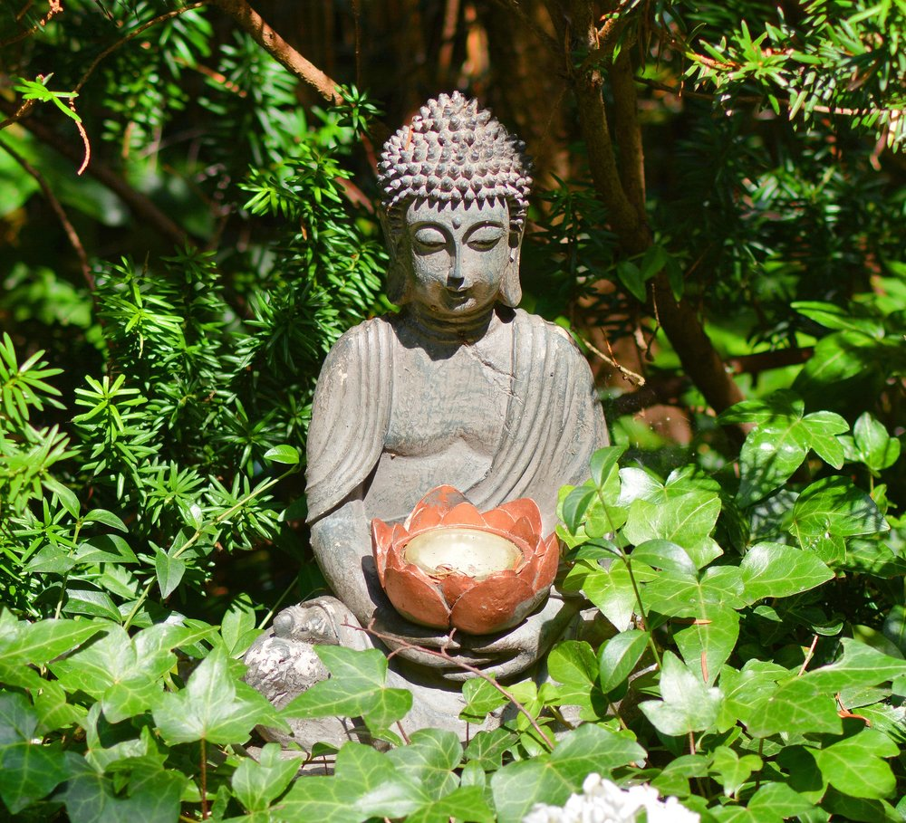 buddha-1508888_1920.jpg