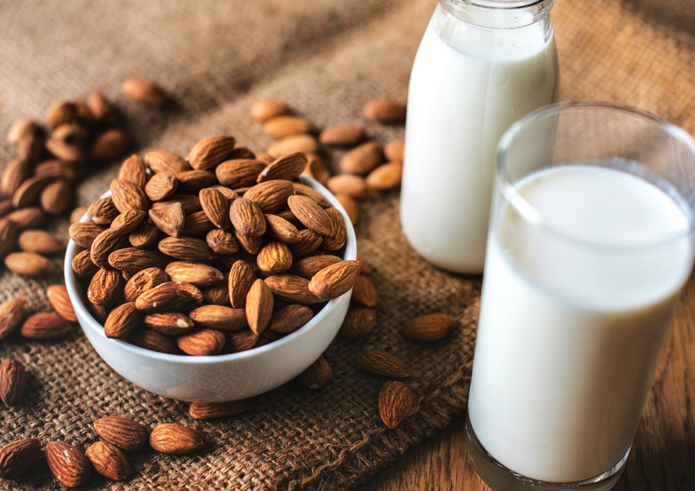 almond-almond-milk-bottle-1446318.jpg