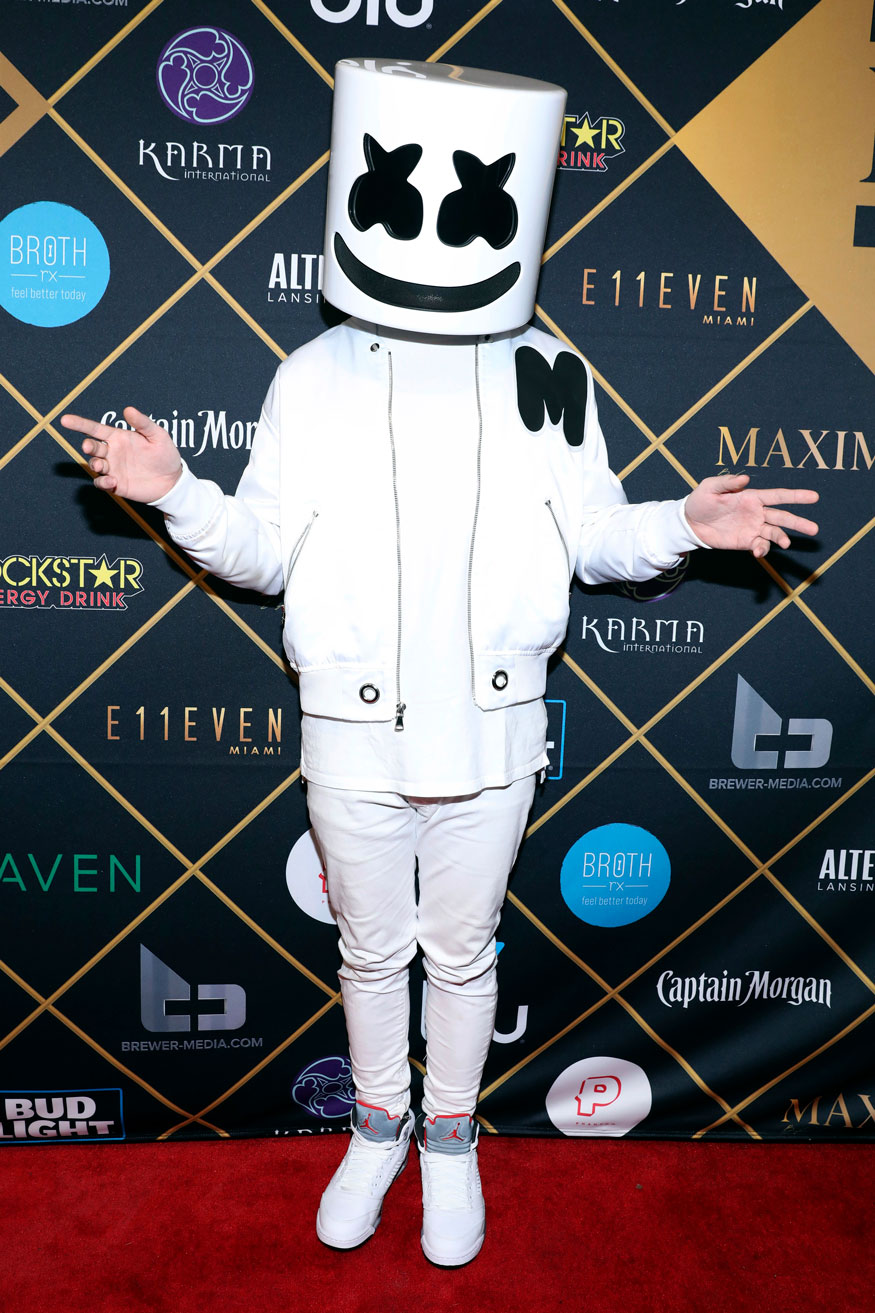 Marshmello performed at the 2018 Maxim Super Bowl Party at VIPexclusives.com.